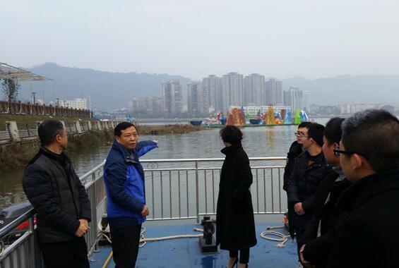 多措并举,确保熊猫灯会水上安全