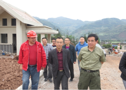 省农水局工会主席廖闻天一行检查荥经县灾后重建工作