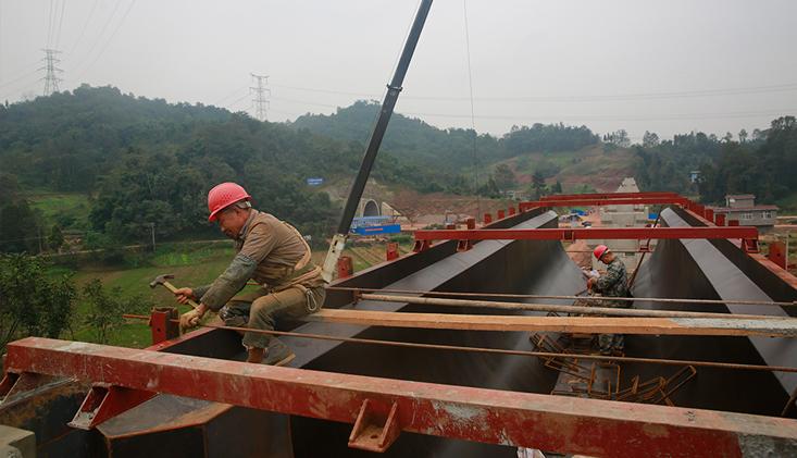 铜头引水工程最长渡槽开始浇筑