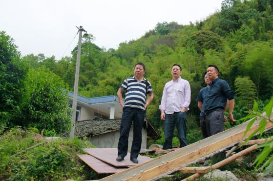 市水务局局长于冀川一行调研督导南郊水厂引水工程建设